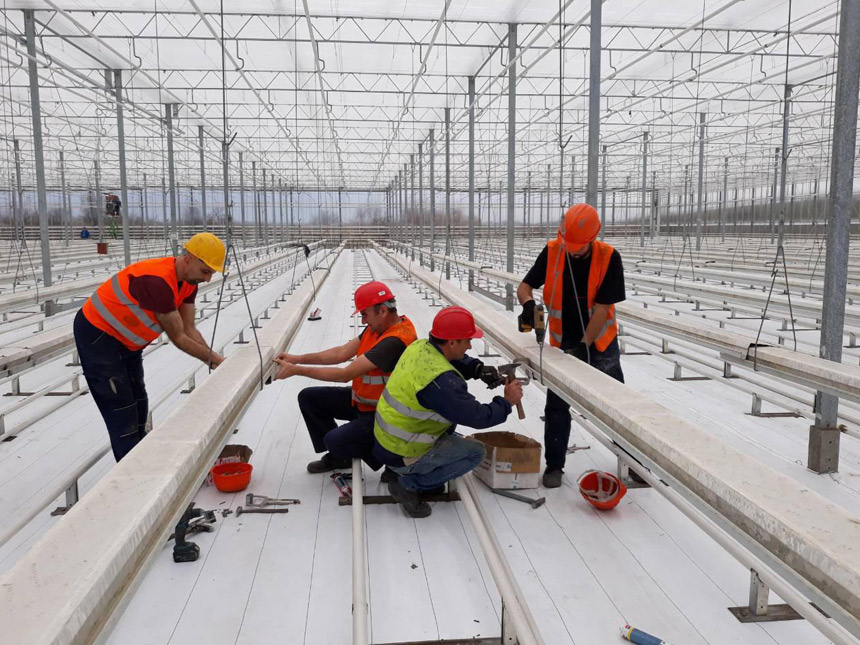 Construction agricultural glasshouse